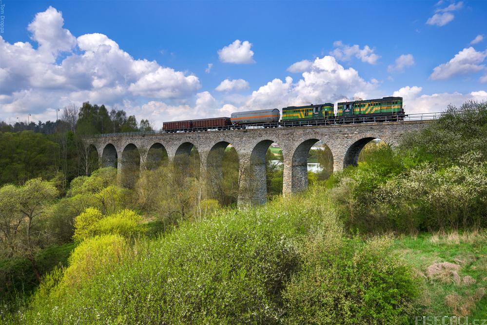 ŽŽelezniční viadukt u Milevska