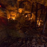Nitro podzemní prostory stoupá mírně vzhůru.
