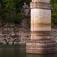 Mohutná patka pilíře se vynořila z vody, no kdo to kdy viděl?